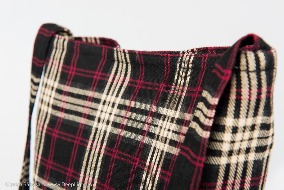 Traista romaneasca - model rosu cu negru